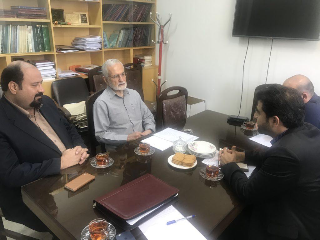 جلسه بررسی مسائل اساسی کلان کشور از دیدگاه آقای دکتر کمال خرازی (عضو هیأت علمی دانشگاه تهران و رئیس شورای راهبردی روابط خارجی ایران)